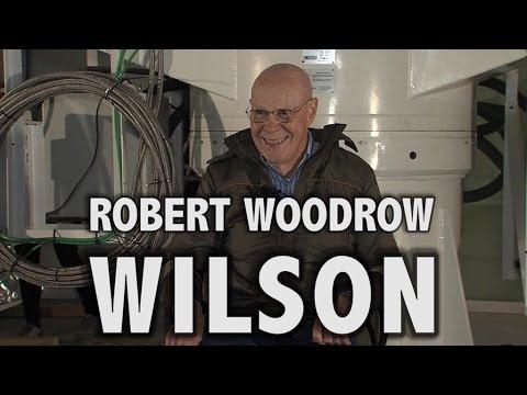 Robert W. Wilson, Premio Nobel de Física 1978 - Ruta de las Estrellas