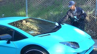 Uh Oh! Justin Bieber Gets Parking Ticket While Hiking Runyon Canyon