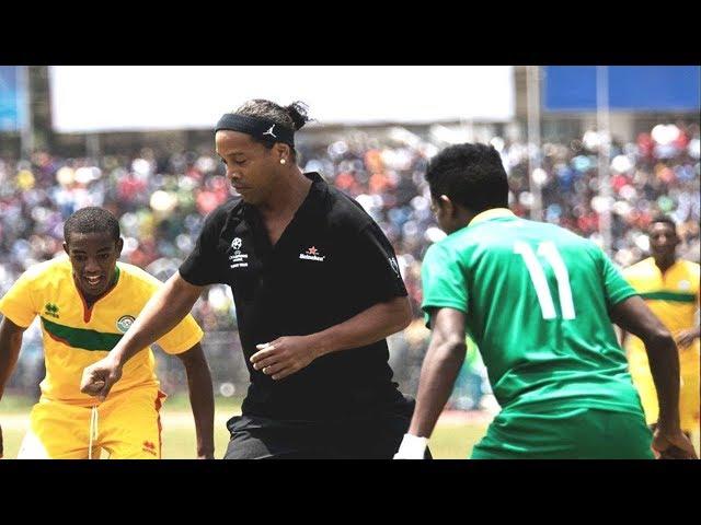 Ronaldinho Skills Show versus Ethiopia Under 20