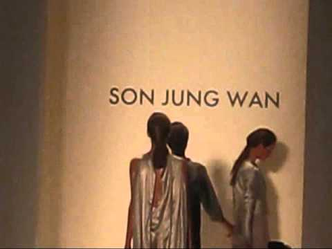 Son Jung Wan Spring Summer 2012 Runway