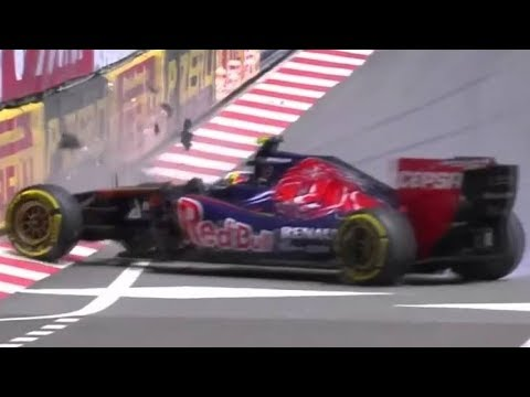 KVYAT catches his car after spin on more than 200 kmh