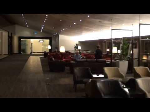 Malaysia Airlines Golden Lounge (Business), Kuala Lumpur International Airport Satellite, Malaysia