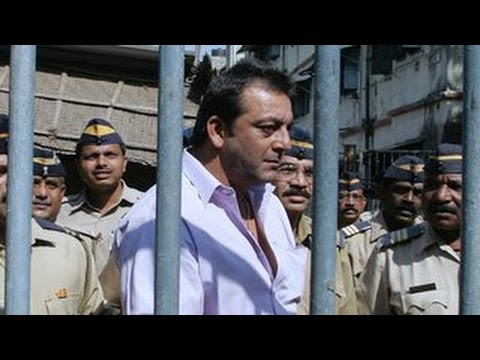 Sanjay Dutt gets kitchen duty in prison