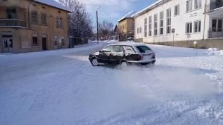 Lancia Dedra Integrale SW in the snow