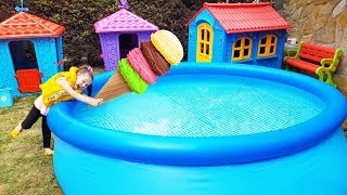 Öykü'nün Dondurması Havuza Düştü! - For Kid Swimming Pool and İce Cream -Funny Oyuncak Avı