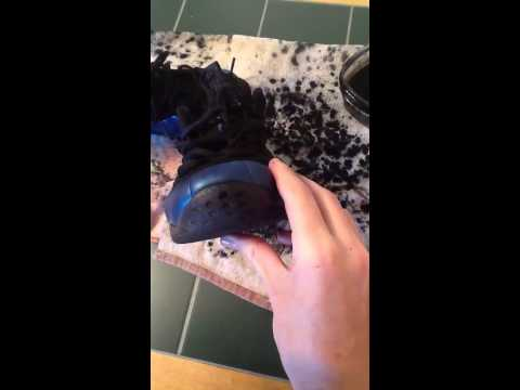 how to clean icy soles