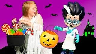 Assistant Scares Vampirina and PJ Masks Romeo for more Halloween Candy