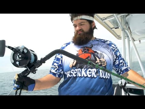 Monster Grouper Breaks Fishing Rod - Ft. Kanalgratisdotse video