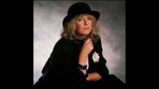 Watch Fleetwood Mac Heart Of Stone video