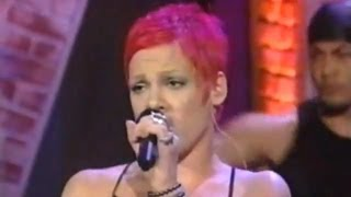 Клип Pink - There You Go (live)
