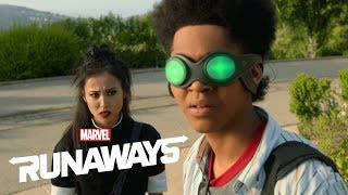 Marvel's Runaways Season 3: Behind the Scenes Interview!