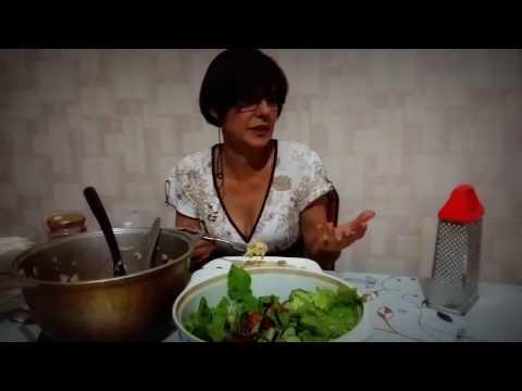 Итальянская паста Лингвини карбонара в хостеле Жанет