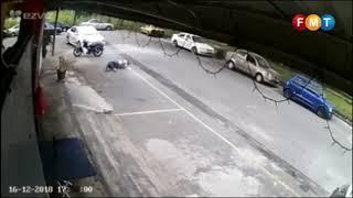 Rakaman video pemilik bengkel amuk serang pelanggan viral