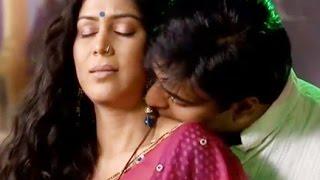 बिगेस्ट  Boldest LIP-LOCKS SCENE On Indian TV Stars का रूप !