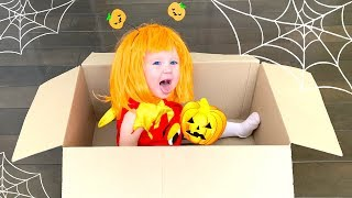 Knock Knock, Trick Or Treat? Song / Stefy Pretend Play Halloween Candy Haul