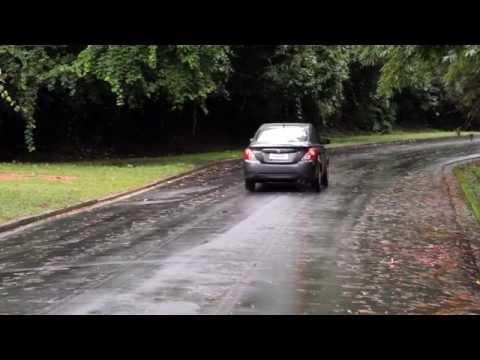 Nissan Versa (Clipe) - Salão do Carro