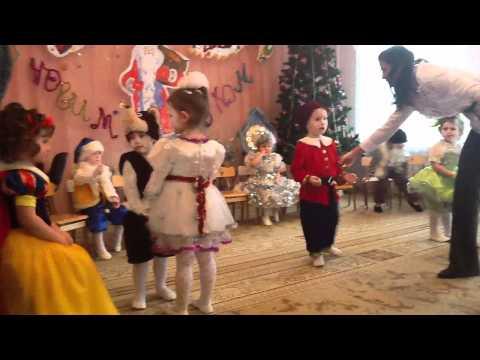 """Детский праздник """"Новый год 2012"""" Бровары Часть I"""