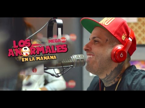 Nicky Jam Improvisando Con Los Anormales Miami Por Mega949 (ON FIRE)