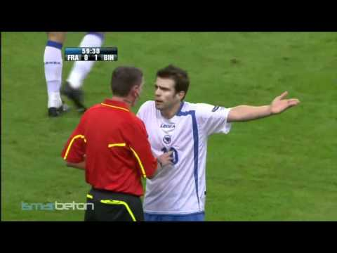 Referee sends France to Euro 2012! ►