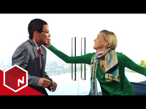 Sharon Stone slaps CNN's Richard Quest (Kristian Valen)