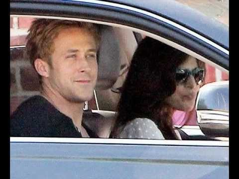Ryan Gosling & Eva Mendes Kissing in Public
