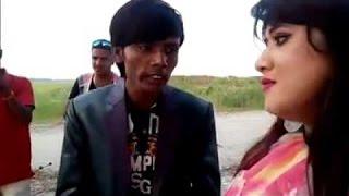 Download সবাই যদি মা বোন হয় তাইলে বিয়া করুম কারে | হিরো আলমের দমফাটা হাসির ভিডিও। Bangla Funny Video 3Gp Mp4