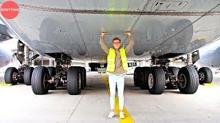 Tickling The Lufthansa Airbus A380 | The World