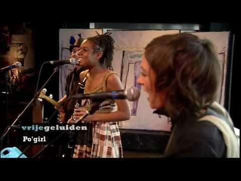 Po'Girl - Awna Teixeira/ Kiss Me In The Dark
