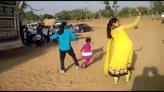 Girl dancing on Rajasthani song new 2016