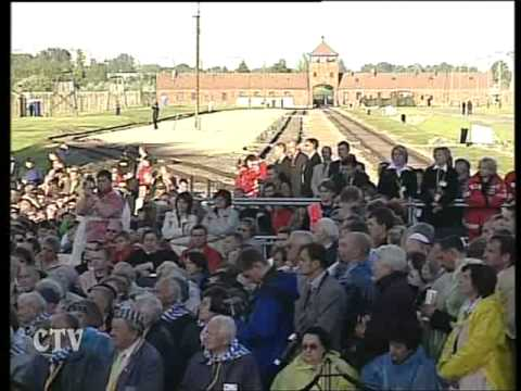 Holocaust Memorial Day : Benedict XVI in Auschwitz