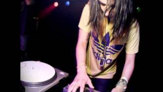 Download Lagu Just The Way You Are - Bruno Mars (Skrillex Remix) Gratis STAFABAND
