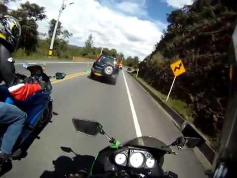 carrera ninja 250   (PALMAS MEDELLIN) .flv