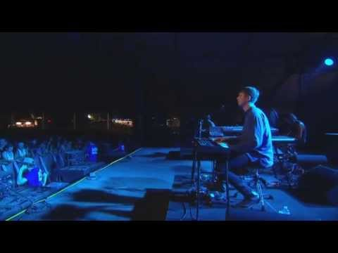 James Blake - Hope She'll Be Happier (Bill Withers Cover) (Live at Bonnaroo 2014)