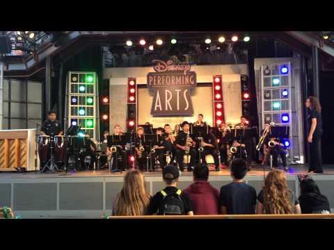 Lone Hill Middle School Jazz Band Performing La Negra Tiene Tumbao