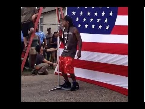 LIL WAYNE STOMPS AMERICAN FLAG VIDEO