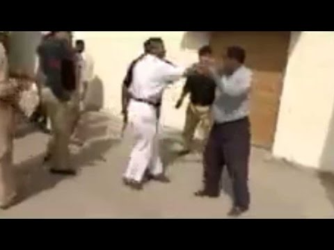 Chand Nawab beaten up by Karachi police, Video goes viral