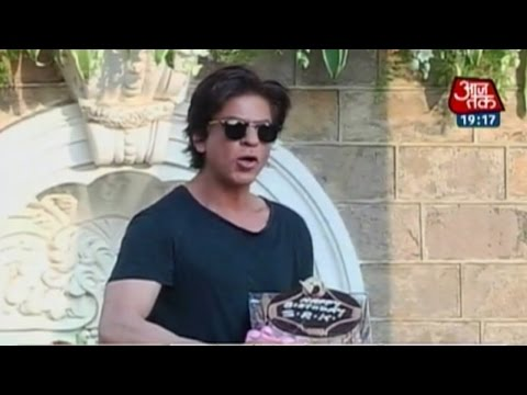 India 360: Bollywood star Shahrukh Khan celebrates 49th birthday with fans
