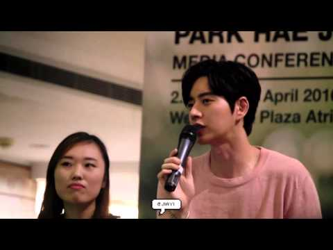 160417 Park Hae Jin Media Conference In Singapore (5)