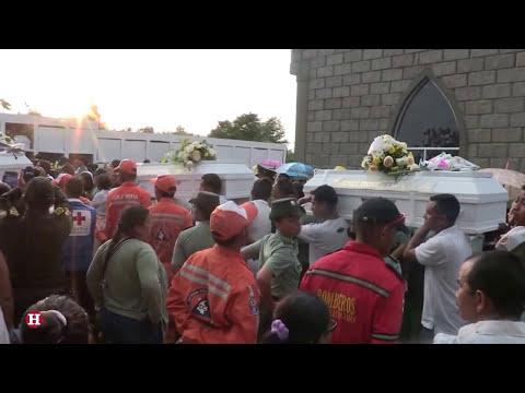 Así fue el entierro de los Niños en Fundación (Magdalena)