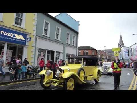 Highlights of the Lisburn Mayor&#039;s Carnival Parade 2013. For further details please call Streetwise on 02890687828 or visit www.streetwisecircus.co.uk.
