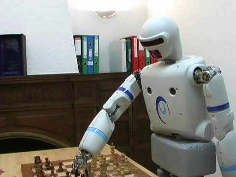 REEM-A, humanoid robot. Playing chess