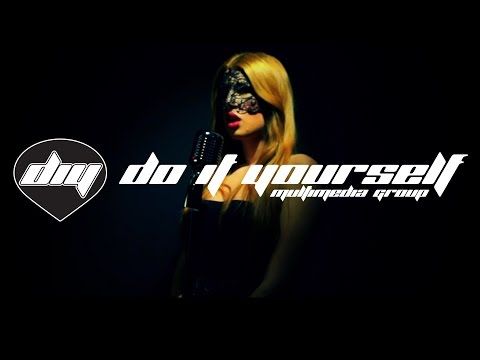 Andreas Schuller Feat. Klara Ellas - Burlesque [official Video] video