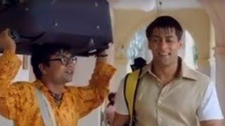 Salman Khan makes joke of Khader Khan - Priyanka Chopra, Akshay Kumar - Mujhse Shaadi Karogi