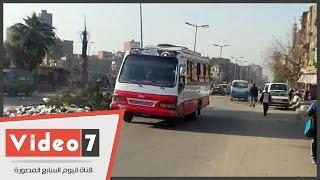 """شارع """"التعاون"""" بالمطرية.. قمامة وسير عكس الاتجاه وآثار عنف الإخوان"""