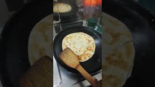 How to cook like a master :Roti Canai