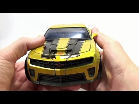 Video Review of the Costco Exclusive; Battle Ops Bumblebee