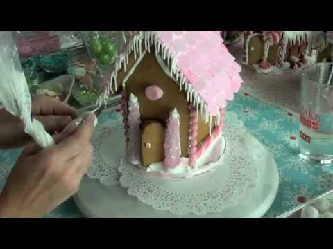 How to Put Together a Gingerbread House