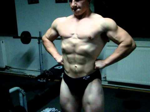 17  years old  bodybuilder Vladimir Iakovlev 2010