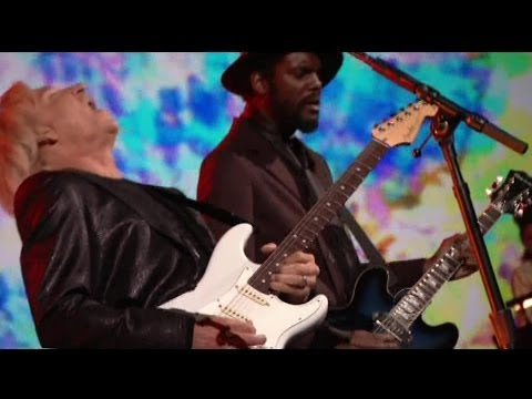 Joe Walsh, Gary Clark Jr, Dave Grohl-While My Guitar Gently Weeps 2014