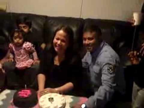 Anabel Cutting Cake video